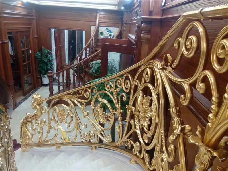 浅谈金属装饰材料的特征及应用